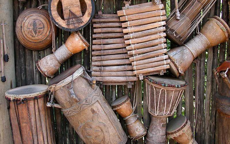 Этимология слов тамбур, табурет и барабан стиральной машины