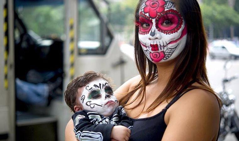 Лос Муэртос, праздник мёртвых в Мексике.